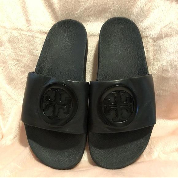 7d8cc7bb3ddccf Tory Burch Jelly Anatomic Flat Slide Sandals. M 5bdce1da45c8b3d453b1f45b